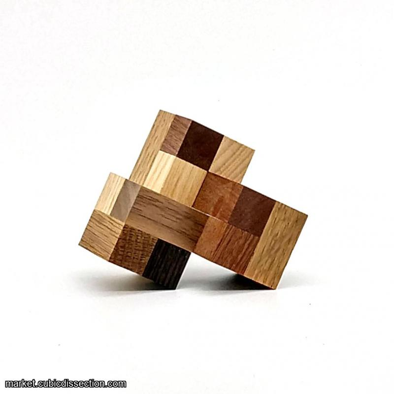 Impossible Triangle of Three Cubes by Andrey Ustjuzhanin (2)