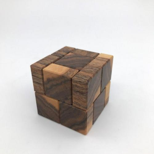 Cube Sixteen Rosewood Sapwood by Stewart Coffin (3)