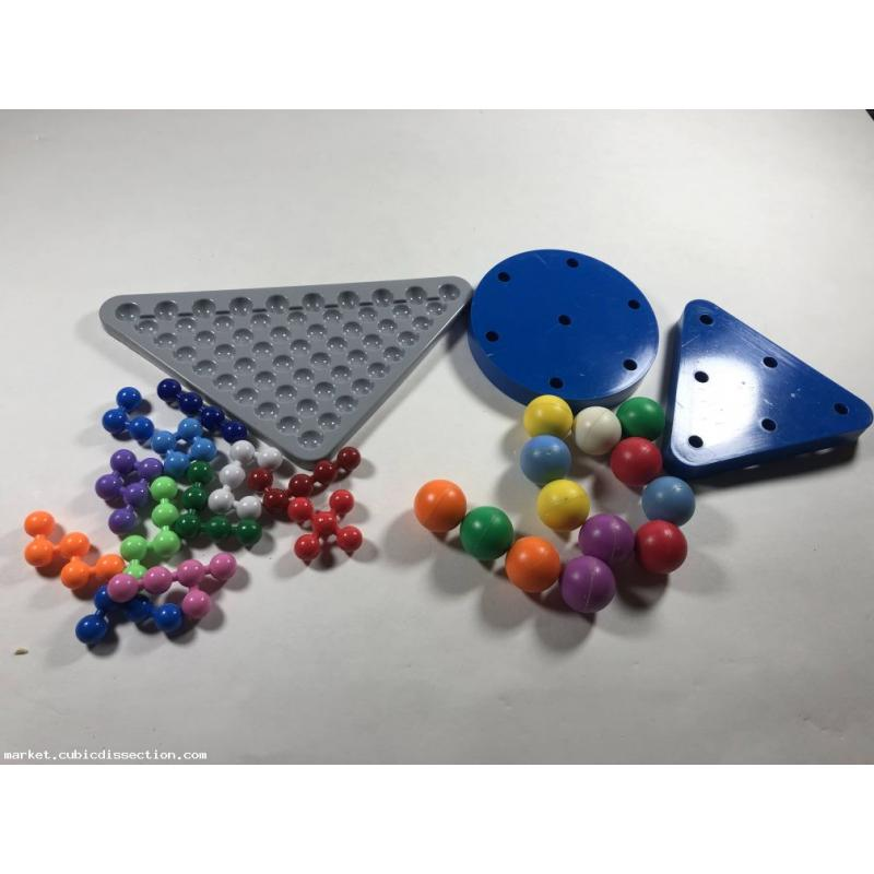 Puzzle Lot x2 Assembly Magnetic Pyramid and Molecules