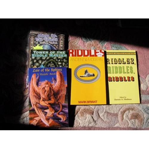 Five Riddle books; Riddles Ancient and Modern, Mark Bryant plus others